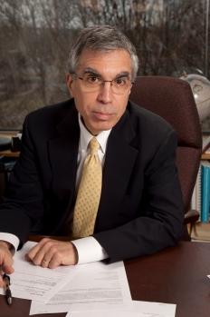 Professor Robert Stavins