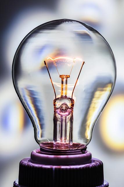 light-bulb-376926_640