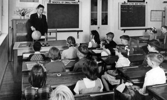 Education, the MOOC and a Communication Revolution - jon C Lovett