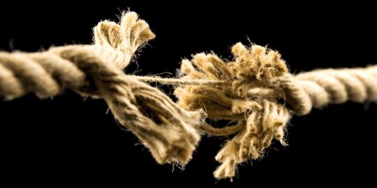 istock-504686037-frayed-rope