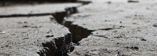 iStock-471332612-cracked-road